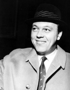 Matt Monro in hat  2